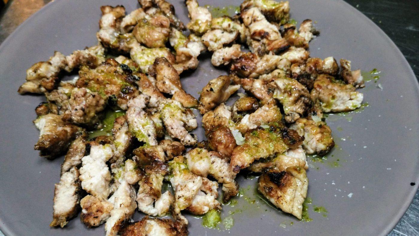 Mollejas de ternera a la brasa con salsa de aceite de oliva y limón - El Gallinero
