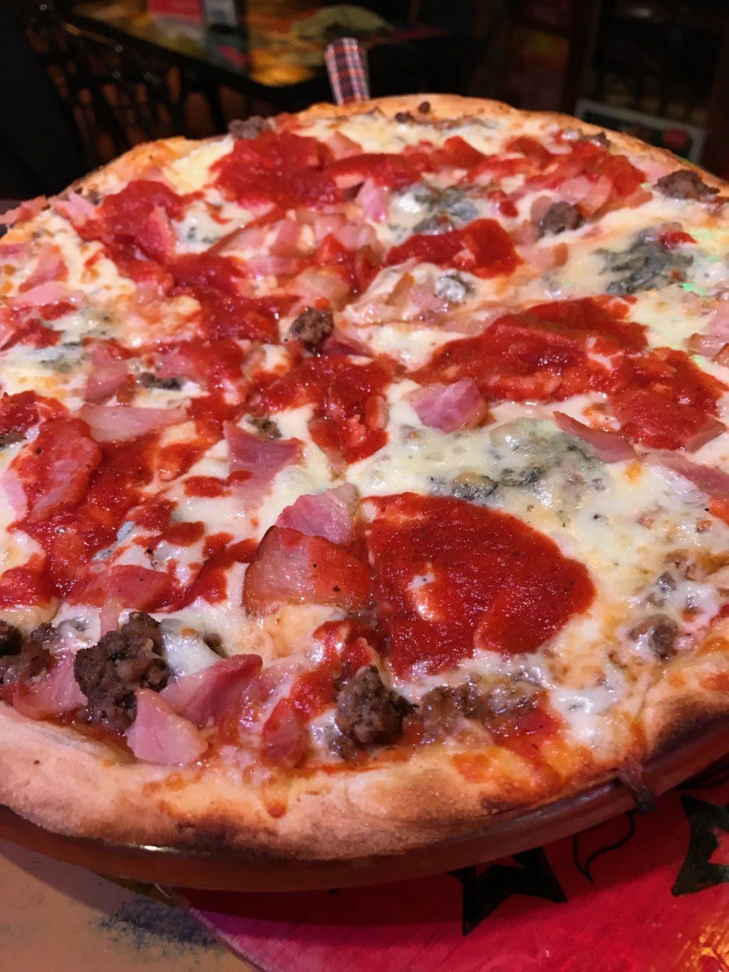Pizza Bretona - Cafe Dolar