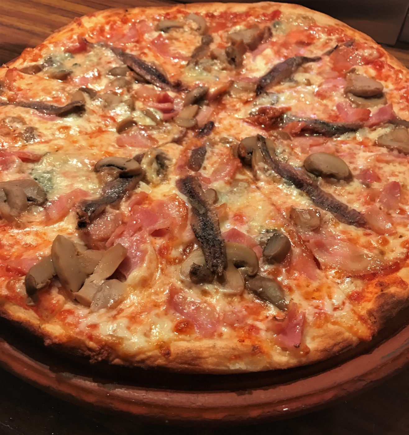 Pizza Osada - Cafe Dolar